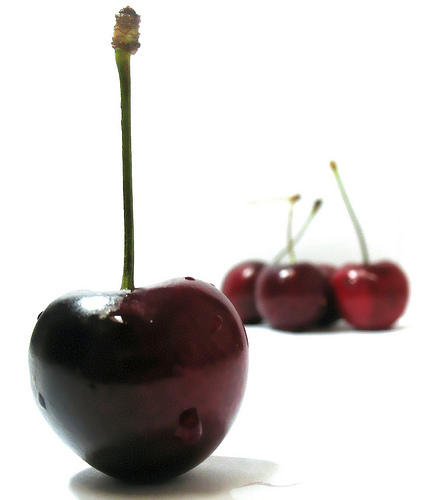 Cherries by Darwin Bell