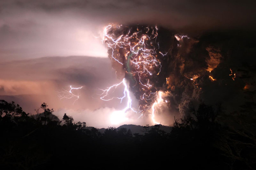 volcano break with lightning