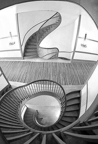 Shaker Staircase
