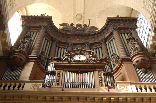 The pipe organ of St-Sulpice by Robert C.