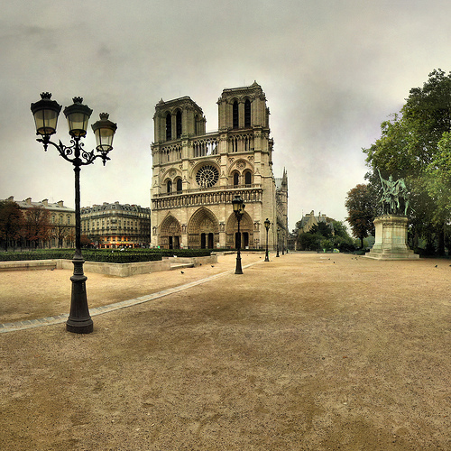 Notre Dame de Paris by Panoramas