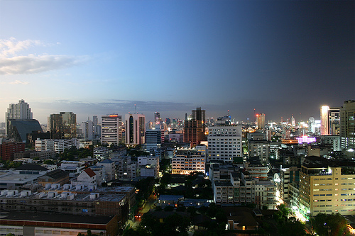 day and night in Bangkok by rpeschetz