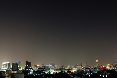 sleepless city by pchweat