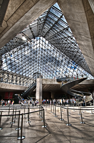 Louvre by SM Photo