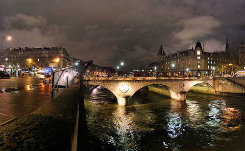 Pont Saint-Michel by Panoramas