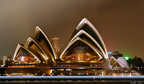 Opera House by sachman75