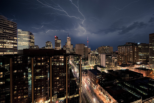 Lightning City by wvs