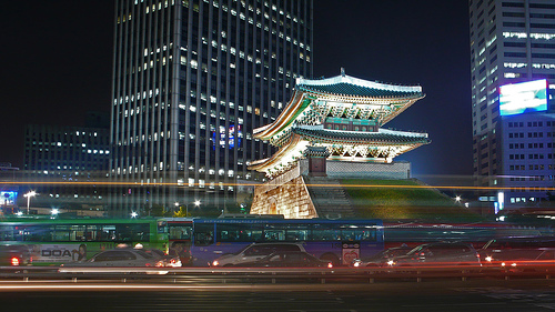 modern and traditional alive in Seoul