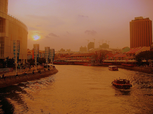 River of gold - Clark Quay