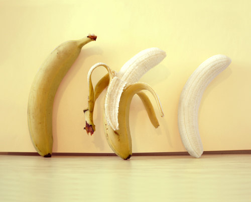 Striptease banana