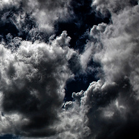 30 Dark Stormy Cloud Pictures