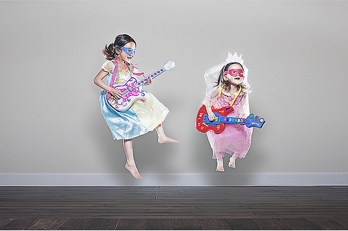 jason lee14 Cool Dad Takes Awesome Photos of His Daughters