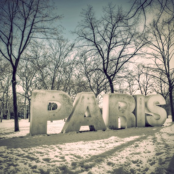 Snow on Paris