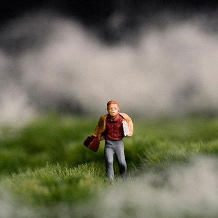 The Thick boy running in fog diorama