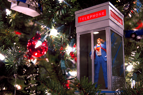1995 Superman Telephone Booth Ornament