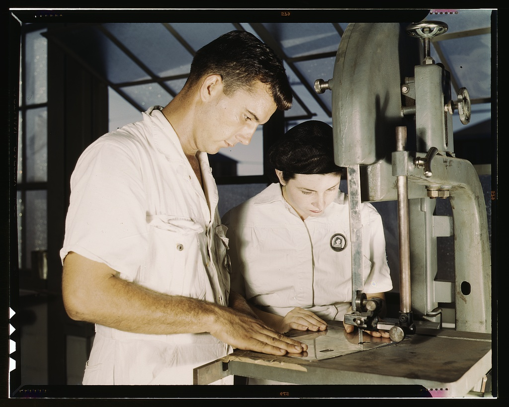 NYA employees receiving training in the Assembly and Repair Dept., U.S. Naval Air Base, Corpus Christi, Texas
