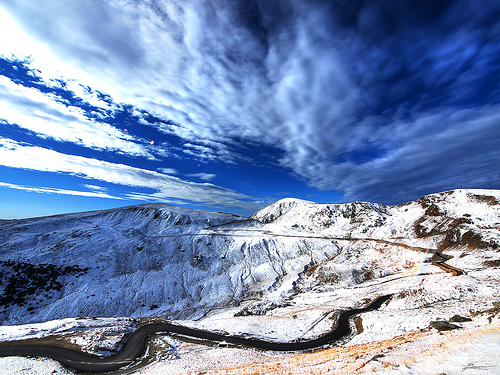 transalpina snowy winter road