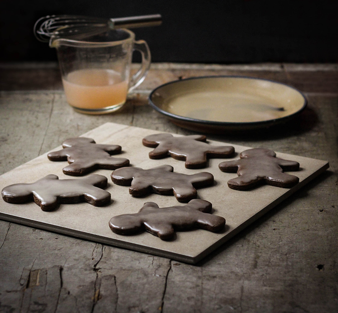 Spicy Gingerbread Cookies with Citrus Glaze
