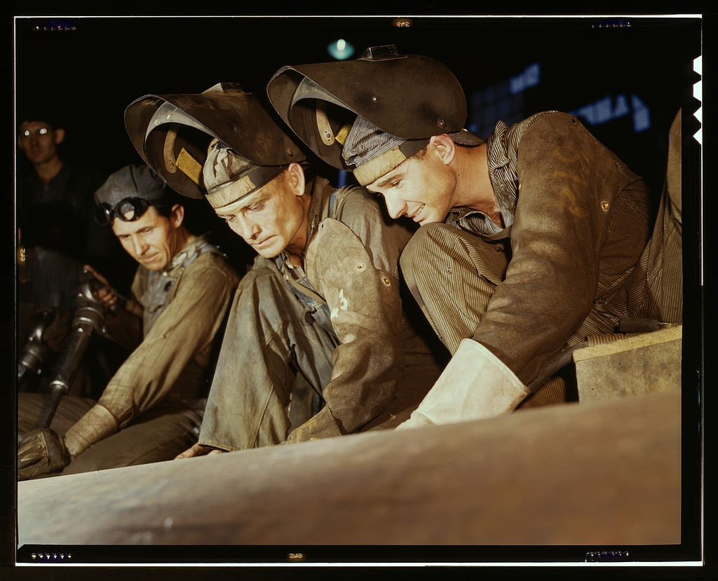 Welders making boilers for a ship, Combustion Engineering Co., Chattanooga, Tenn.