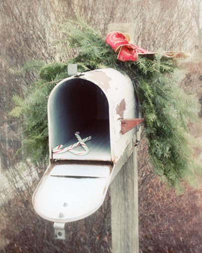 Holiday Delivery old mailbox