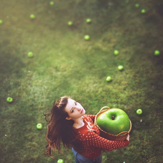 girl green apple portrait
