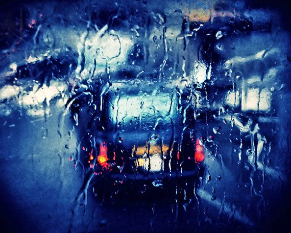 London Black Taxi in the rain