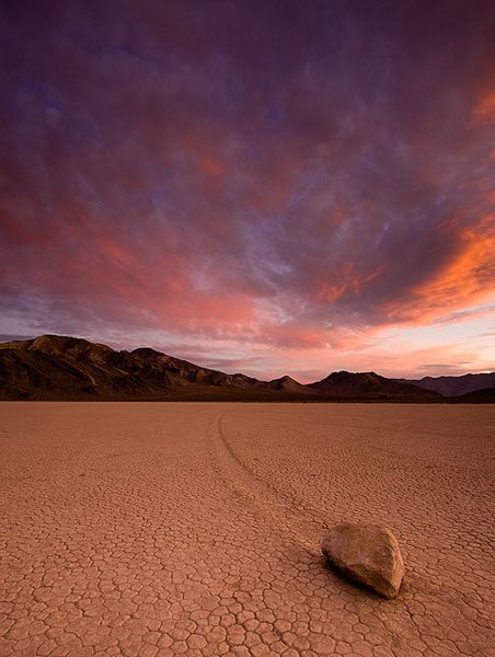 sailing rocks death valley racetrack playa