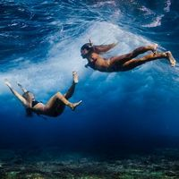 Beneath the Clouds – Incredible Underwater Photography by Sarah Lee