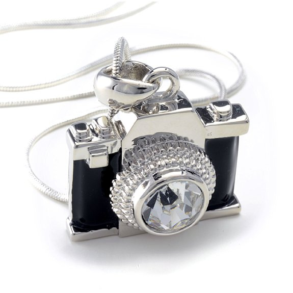 d718f2100d5bf 15 Ideas for Camera Necklace Jewelry Gifts