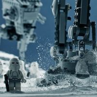 Photographer Creates Awesome Scenes With Star Wars Lego