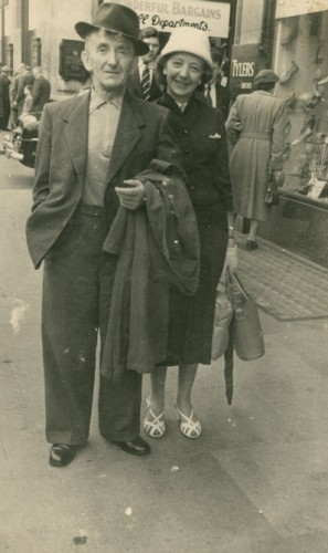 1953 Patrick Moles and daughter Maurren Moles Lucia Donnelly