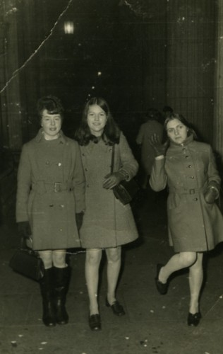1969 Anne Woods with two friends Marion and Rose on O'Connell Street