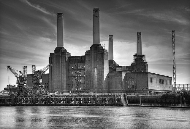 1984 Battersea Power Station